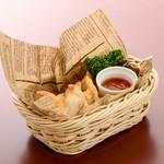 ステーキ&ビア ビストロ・パプリカ - フライド餃子