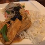 サイアムヘリテイジキッチン - 鶏肉とカシューナッツ炒め