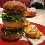 67476097 - ビッグベンバーガー