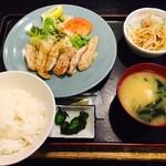 渡来屋 - 豚トロ定食(780円)