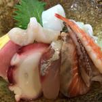 右京 - 海鮮丼