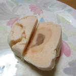 御菓子司 東海 - きみしぐれ 断面写真