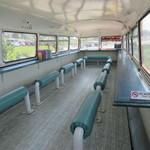 ロンドンバスカフェ - 左側バス2Fのカフェコーナ~♪