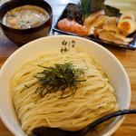二代目 白神 - 博多つけ麺 全部のせ…1,070円