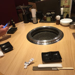 ビラ・リストランテ GAJA - テーブルはやや狭め。