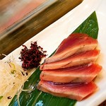 蓮池 丸万寿司 - カツオ