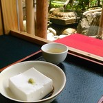67507057 - 胡麻豆腐で一服。乙なものです。