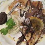 クレープリー・アルション - ホワイトチョコのモンブランとチョコ尽くしクレープ