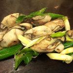 お好み焼き ほり - <2011年2月>カキの鉄板焼き