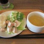Cafe and Bar Lotta - サラダ&スープ(サラダバー)2017.05.25