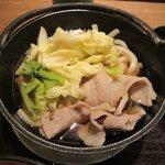 67522398 - 春きゃべつで肉うどん(日替わり)2017.05.24
