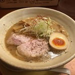 麺元素 - 中々(750円)