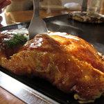 エビス茶屋 - 洋食焼き(チーズ・ポテト・ベーコン・コーン入り)