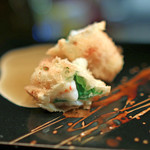 串揚げはやし - 海老の紫蘇巻き 山椒入りの汁で