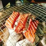 炭火焼肉・にくなべ屋 神戸びいどろ - こんがり焼いて!召し上がれ!