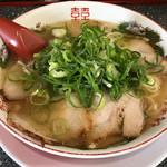新福菜館 - 料理写真:塩らーめん800円(税込) ※守口店限定