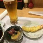 天ぷらさかおか - 突出しの蛍烏賊と海老天ぷら