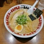 屯ちん - 東京豚骨らーめん 680円