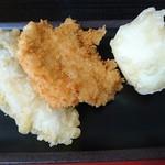 セルフうどん ふじい - エリンギ天、チキンカツ、たまご天 (全部1個50円)