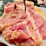 塩ホルモン けむり - 豚ロースの味噌漬け780円(税抜)
