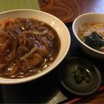 江戸屋 - 料理写真:あんかけカツ丼。