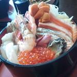 まんぷく処 まま屋 - 海鮮丼