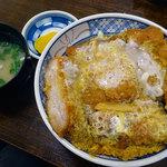 丸勝亭 - かつ丼1050円税込