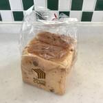 角食専門店 キューブ - 料理写真:ベーコンビッツとチーズ、340円です。