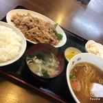 香妃 - 料理写真:豚肉と野菜の辛子炒めセット950円