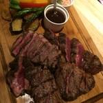 ティーエイト ステーキハウス - メインのお肉