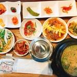 67607586 - コムタンスープ定食
