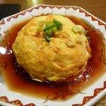 拉拉飯店 - 天津飯、男性にはご飯の量が少ないかも・・・