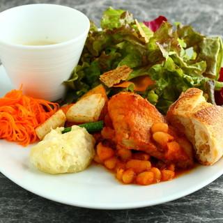 野菜たっぷりワンプレートランチ♡ワンドリンク付
