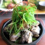 薩摩地鶏専門店 地鶏や 植むら - 熟成鶏の炭炙り焼き¥990