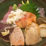 河童土器屋 - 上海鮮丼(1,550円)
