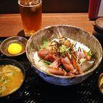 炭味旬菜 収穫 - 海鮮丼 900円 2017年5月