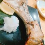 梅田まぐろバル マグシェ - 身離れよくて、食べやすい