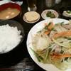 居酒屋 浜雪 - 料理写真:豚肉入野菜炒定食
