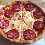 風の家 - サラミピザ