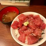 まぐろ食堂 天満のとらやん - 鉄火丼(ご飯大盛り)