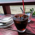 ドゥワンチャン - 最後はデザートとドリンク。アイスコーヒーとタピオカココナッツミルク。