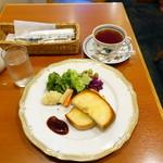 ボーピープ - ルイボスティ630円+モーニングセット300円
