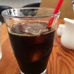 カフェボール - アイスコーヒーもドリップでしょうか、香りよく美味しいコーヒーなんですよ(2017.5.27)