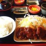 どんじゅう - サービスランチB(チキンカツ) 490円