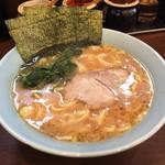 寿々喜家 - 料理写真:ラーメン並700円
