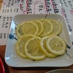 濃厚鶏白湯拉麺 乙 - トッピング(レモン):100円+税