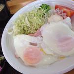 67646384 - 朝定食(おかずのみ) ¥330
