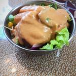 ドルーガ - セットのサラダ