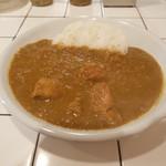 Curry House TIRI TIRI   - チキンカレー(850円)+ルゥの大盛(300円)