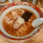 67649200 - ワンタン麺950円